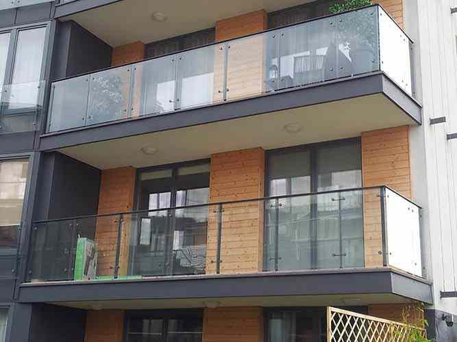 Referenzen Fassadenbau Wohnanlage Bauelemente Balkongelander